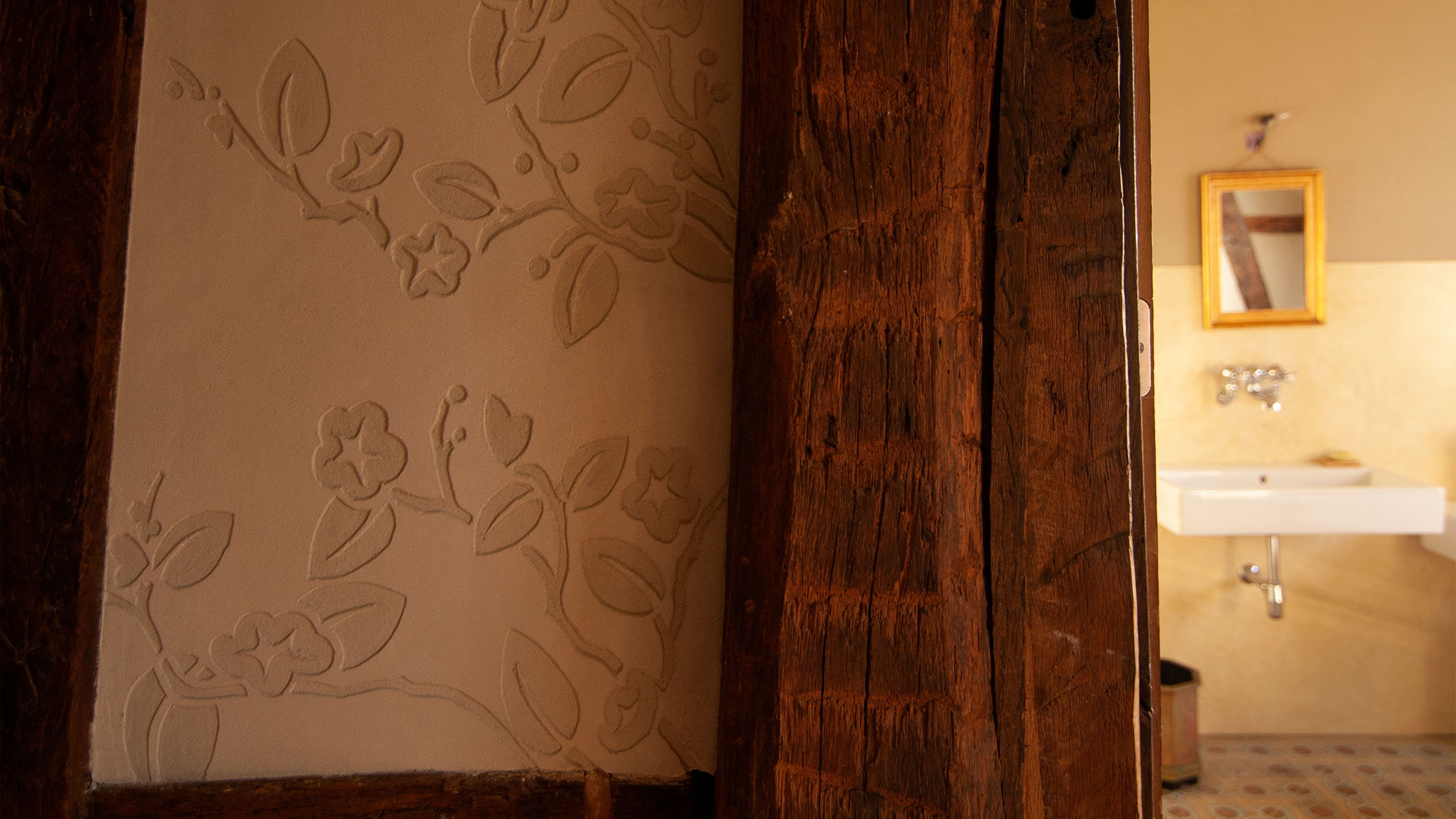 Residential - Timber Frame House, Sgraffito and bathroom
